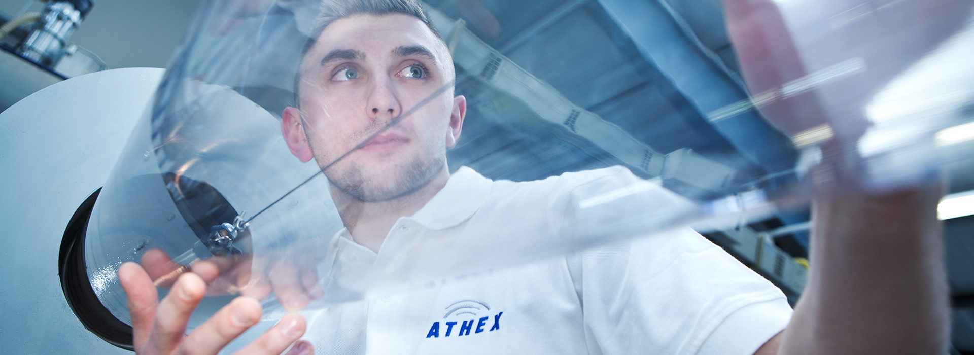 Rohrextrusion, transparentes Rohr, ATHEX Mitarbeiter