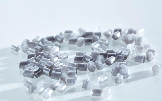 Kunststoffgranulat transparent, PMMA, Polycarbonat